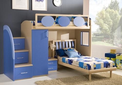 Plain Background bedroom ideas for boys.