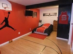 Sports Theme Bedroom Idea for Boys room.