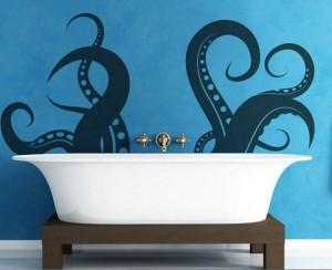 Blue wall art ideas for boys bathroom.