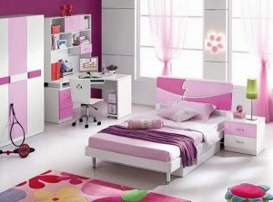 Choose color theme wisely while buying kids furniture online.