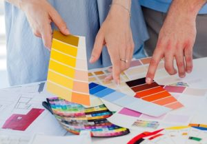 5 things to look at while hiring home interior decorator.