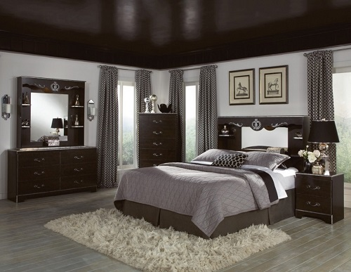 Grey and brown color bedroom design.
