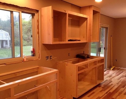 How to build kitchen cabinets 5 steps for Built in kitchen cupboards for a small kitchen