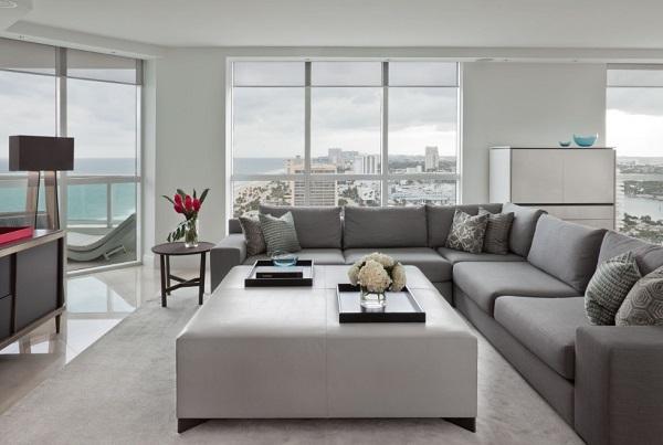 Luxury living room silk rug.