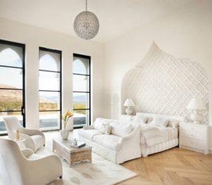 Cozy white bedroom decorating ideas