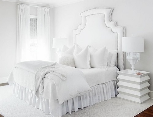 Elegant White Bedroom Decor