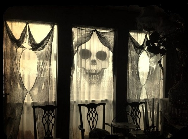 haunting curtains for hallowen day home decor ideas - Halloween Home Decor