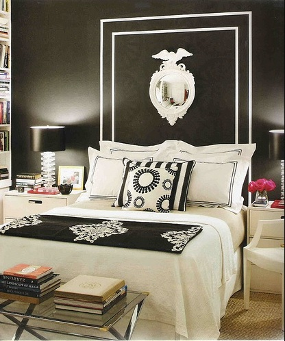 Pretty black bedroom design idea