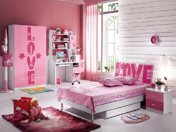Cute pink bedroom for princess