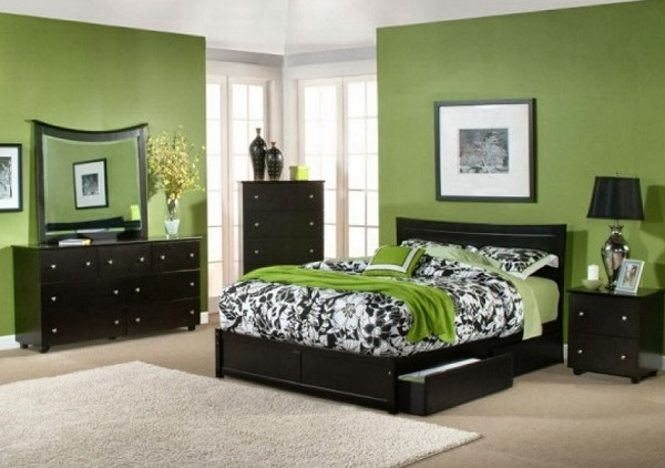green bedroom interior photos