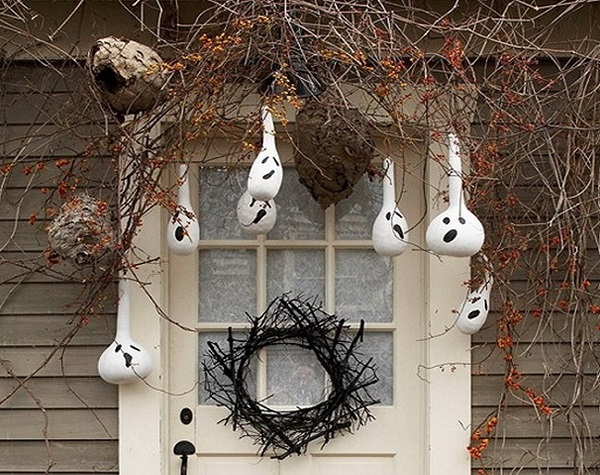 hanging halloween decoration ideas for home - Halloween Hanging Decorations
