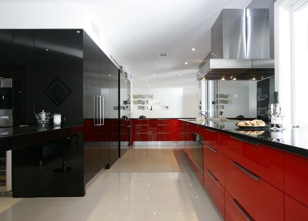 How to design red and black kitchen interior