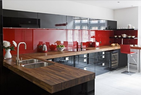 how to design a red and black kitchen home decor buzz. Black Bedroom Furniture Sets. Home Design Ideas