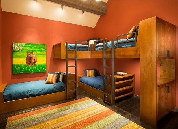 Orange color in child bedroom