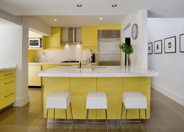 Yellow and white kitchen designs cabinets ideas photos for Kitchen design yellow and white