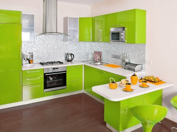 Top green-white kitchen interior designing images
