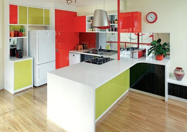 Beautiful Red-Green kitchen design