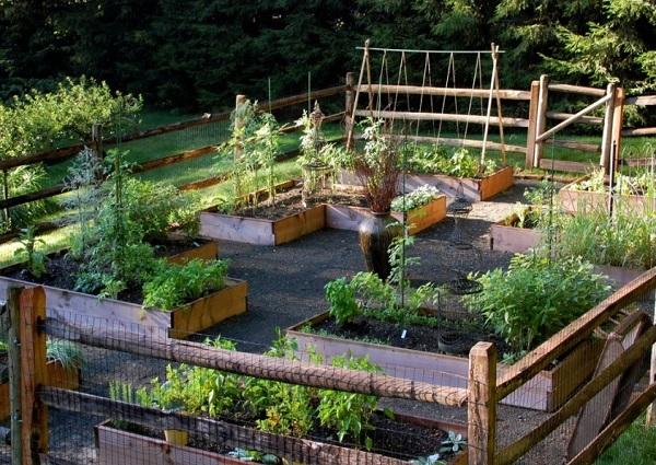 Garden Design Trends 2017 flower pots bed