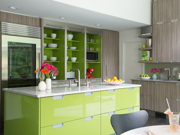 Green-lime kitchen interior design idea