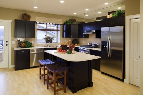 Laminate flooring to revamp kitchen