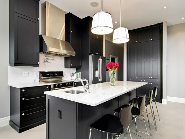 Beautiful black color kitchen decor inspiration