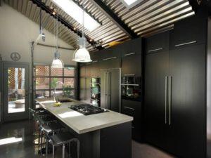 Traditional black color kitchen interior decorating idea