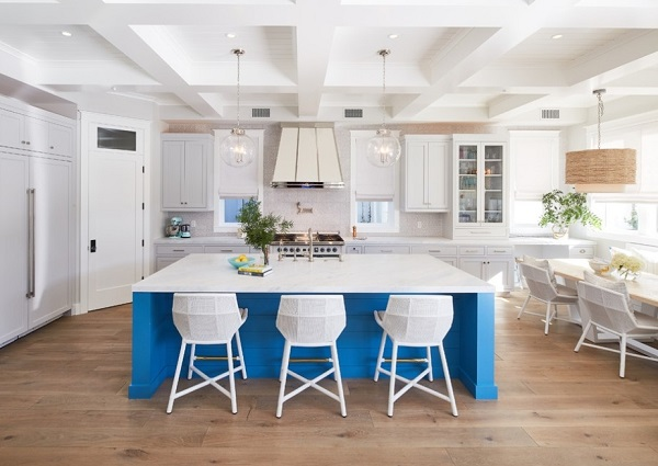 Kitchen design ideas in beach style