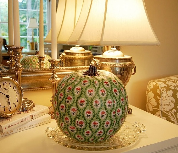 Lovely green chinoiserie pumpkin decor