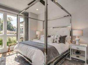 Small bedroom interior design ideas by homedecorbuzz