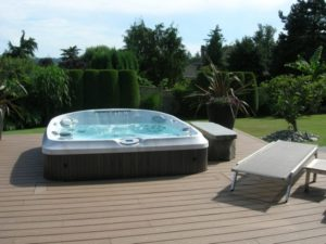 Hot tubs installed in San Francisco