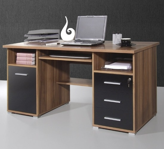 Computer desks uk