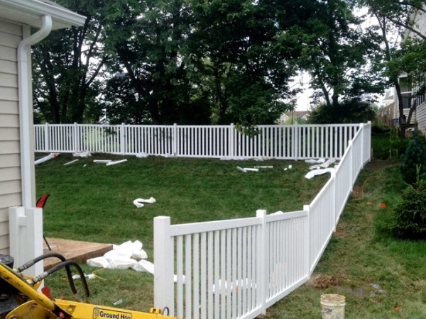 Installing fence